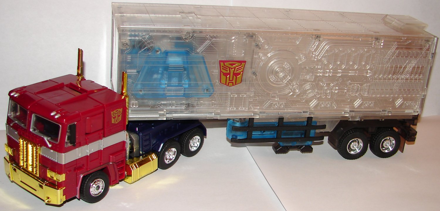 Blog 546 Toy Reviews Transformers Platinum Edition Year Of The Mp 10 Optimus Prime Convoy Read My Original Japanese Release And Toys R Us Exclusive Usa Masterpiece